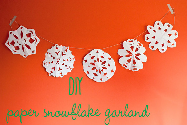 Making a Paper Snowflake Garland, Sunday Ramble & Sneak Peek