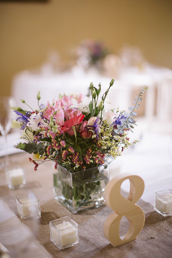 pretty natural wedding flowers
