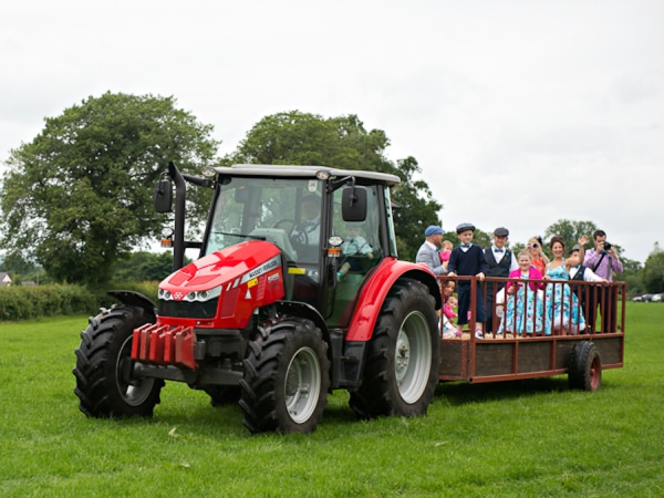 tractor wedding transport http://www.photographer-north-wales.com/