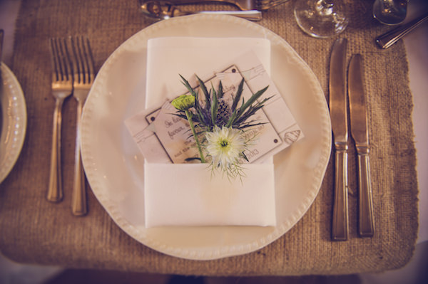 flower place setting quirky beach wedding http://www.marcsmithphotography.com/