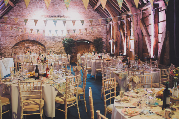 barn Floral Country Fete Wedding http://www.bigbouquet.co.uk/