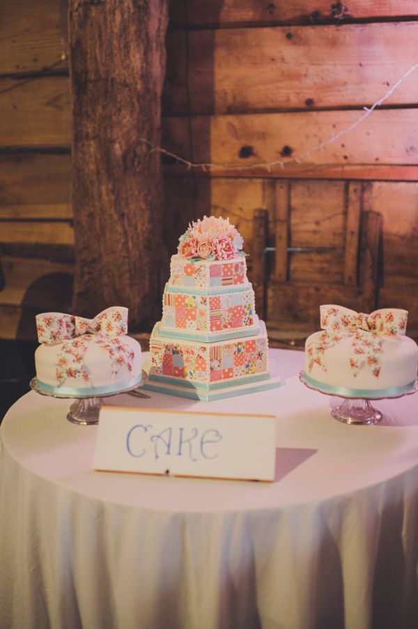 cake Floral Country Fete Wedding http://www.bigbouquet.co.uk/