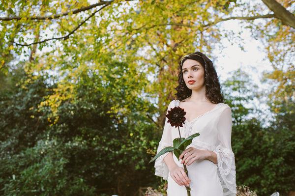 Woodland Boho Wedding Ideas http://www.karenflowerphotography.com/