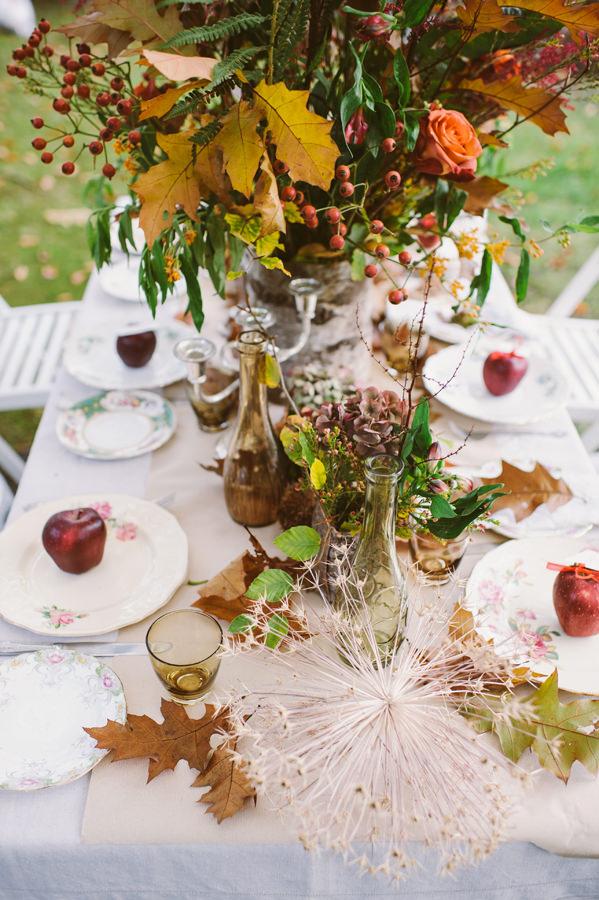Autumn Tables Woodland Boho Wedding Ideas http://www.karenflowerphotography.com/