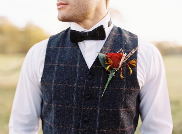 Tartan Groom Bow Tie Rustic Christmas Wedding Ideas http://www.victoriaphippsphotography.co.uk/