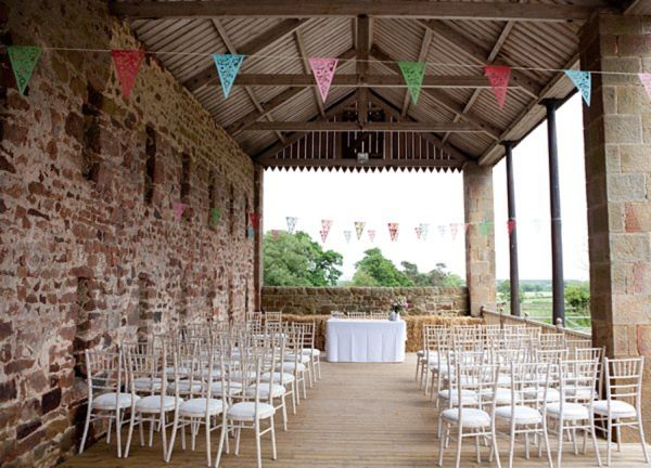 Barn Weddings Beautiful Ideas For Ceremonies Decoration For