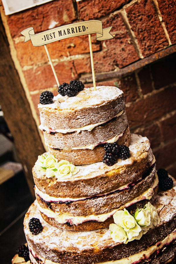 Quirky Pub Wedding Naked Cake http://www.fitzgeraldphotographic.co.uk/
