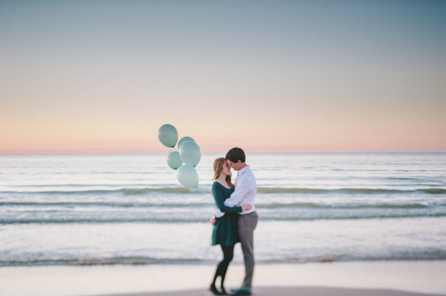 Sunset Balloon Engagement Canada http://jessicabosse.com/