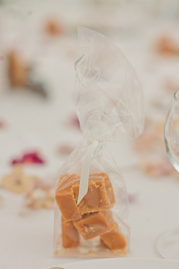 Happy Country Back Garden Wedding Fudge Favours http://www.samanthawardphotography.co.uk/