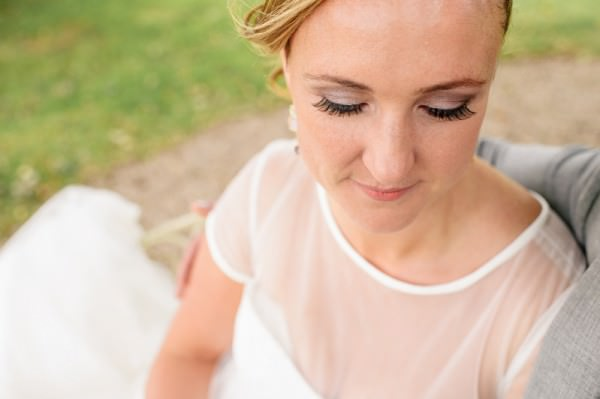 Relaxed Colourful Pretty Wedding Bride Lashes http://www.daffodilwaves.co.uk/