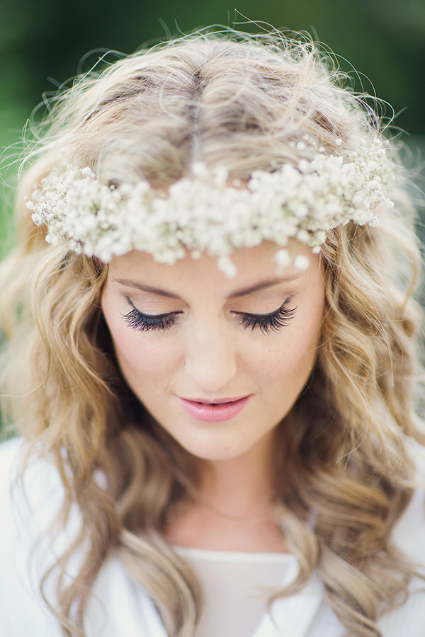 Bohemian Rustic Country Chic Wedding Flower Crown Bride Eyeliner http://www.lifelinephotography.co.uk/