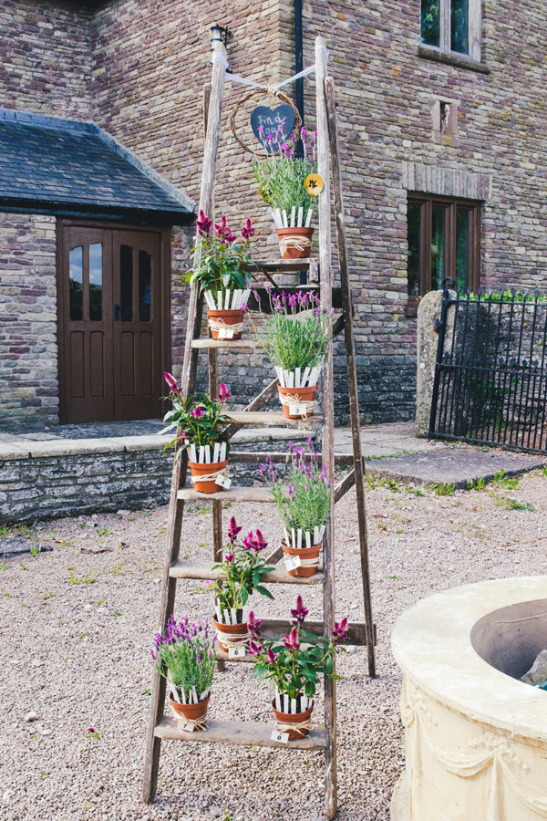 Bohemian Homespun Wedding Pot Plant Ladder Table Plan http://www.nickmurrayphotography.co.uk/