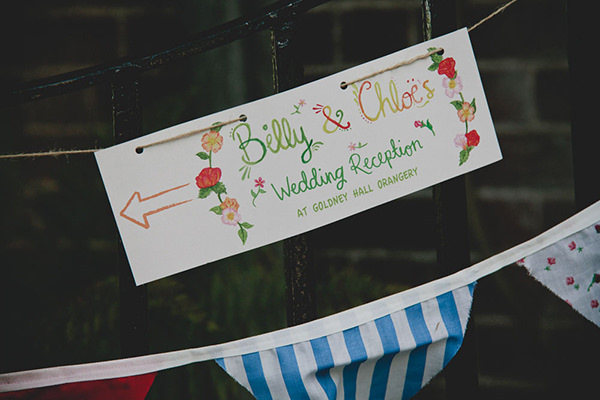 Water Colour Wedding Sign http://www.blissfulwedding.co.uk/