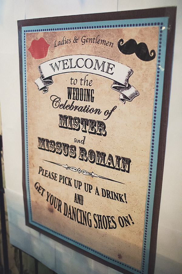 Welcome Wedding Sign http://www.annahardy.co.uk/
