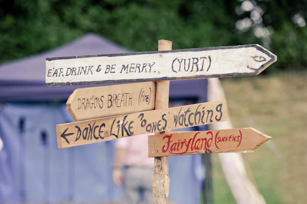 Wooden Wedding Sign http://www.ctimages.co.uk/