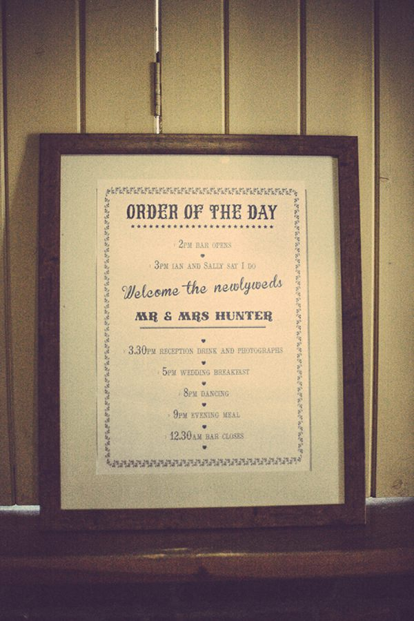 Wedding Order Sign http://www.firsthandphotography.co.uk/