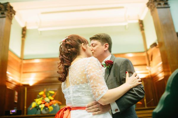 Vintage Circus Wedding http://www.mikiphotography.info/