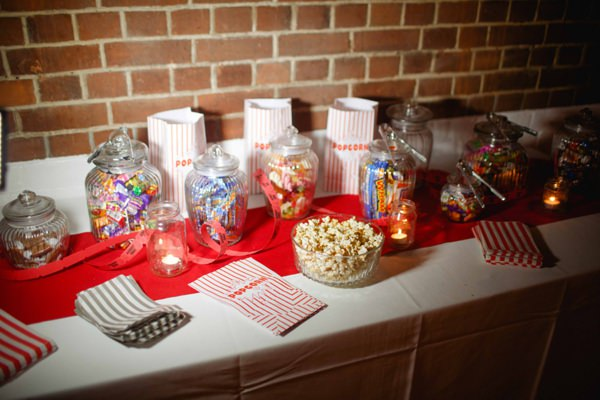 Vintage Circus Wedding Sweets http://www.mikiphotography.info/