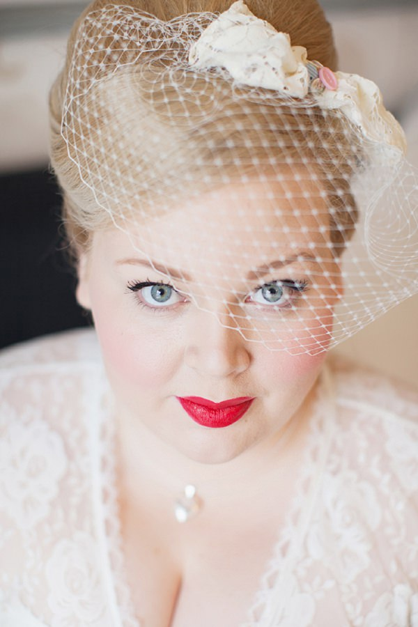 Red Lips  Vintage Bride Make Up http://www.hayleysavagephotography.co.uk/
