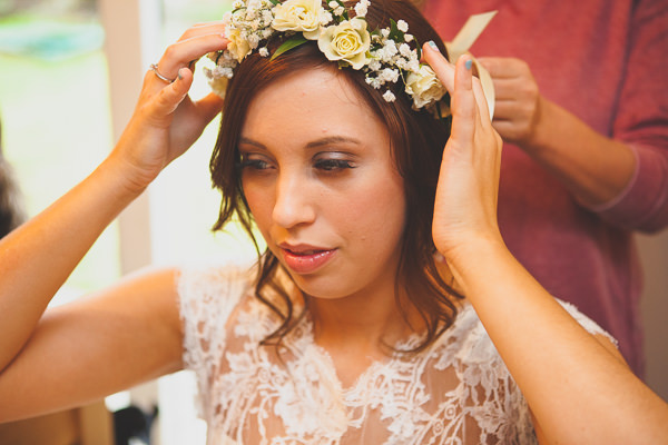 Relaxed Rustic Stylish Wedding Flowercrown Bride http://www.bloomweddings.co.uk/