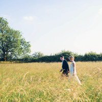 Relaxed Cottage Summer BBQ Wedding http://carohutchings.com/