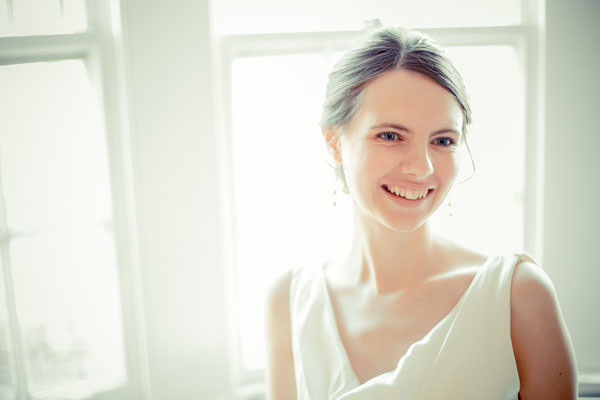 Bare Make Up Bride Natural Wedding http://www.terryliphotography.co.uk/about-terry-li-london-photographer/