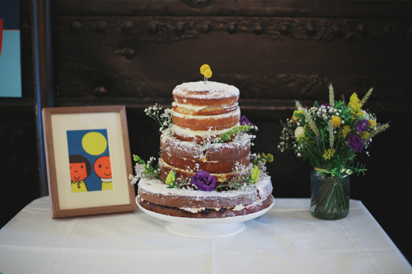 Informal Canal London Museum Wedding Naked Rustic Cake Sponge http://www.loveohlove.com/