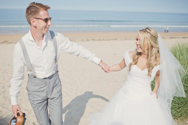 Charming Pastel Seaside Wedding http://www.cottoncandyweddings.co.uk/