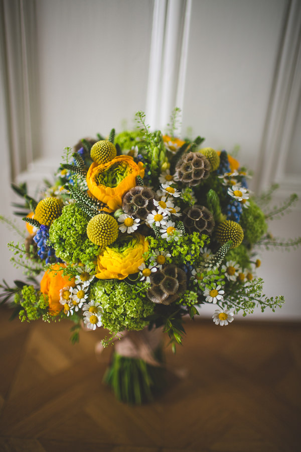 Yellow & Blue Theatre Wedding Yellow Green Blue Bridal Bouquet Daisies http://www.s6photography.co.uk/