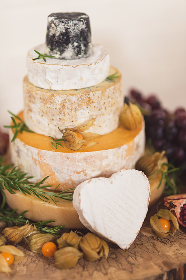 Country Folksy Pre-Raphaelite Wedding Cheese Tower Cake http://www.georgimabee.com/