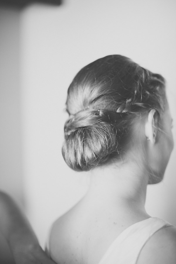 Beautiful Countryside South Africa Wedding Plait Bride Braid Bun Hair http://www.nadineaucamp.blogspot.co.uk/