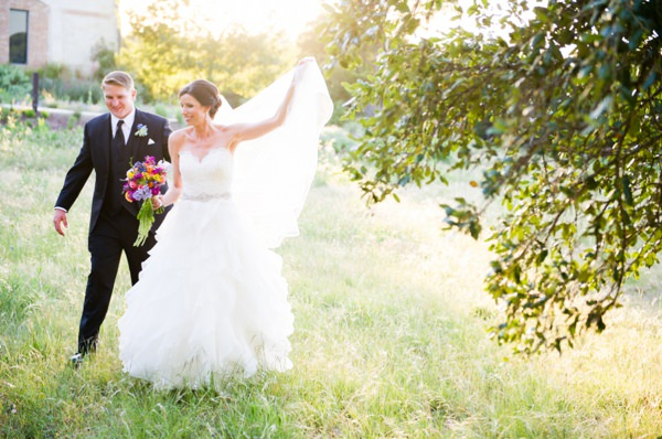 Colourful & Chic Outdoor Spring Texas Wedding