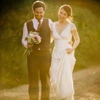 Stylish Rustic Barn Wedding http://www.lolarosephotography.com/