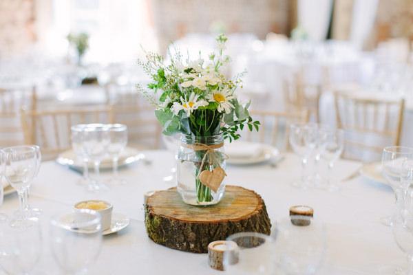 Natural Rustic Daisy Wedding Jar Flowers Log http://www.camillaarnholdphotography.com/