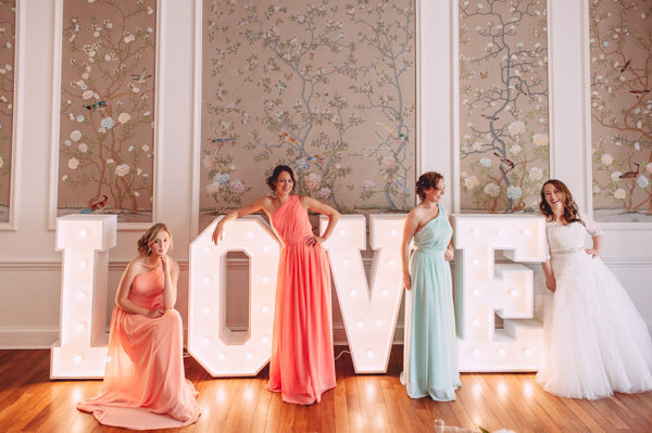 Bright & Light Peachy Fresh Modern Wedding