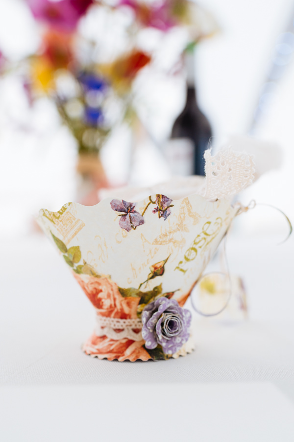 Picnic Countryside Fete Wedding Paper Tea Cup Favour http://www.daffodilwaves.co.uk/