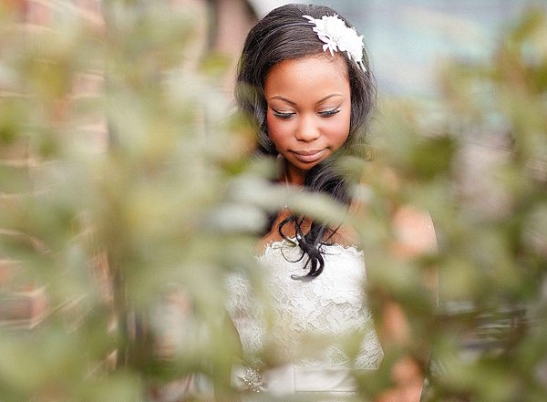 1920s Elegant Atrium London City Wedding Wavy Hair Bride Style http://www.mikiphotography.info/