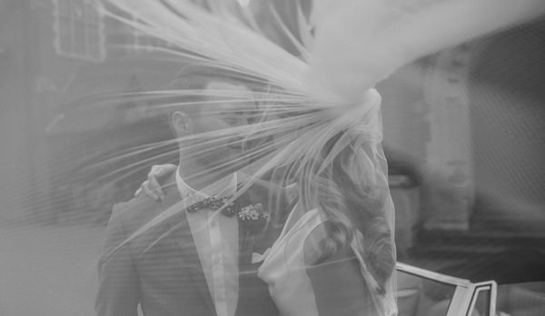 Stylish Relaxed Hertfordshire Wedding Bride Veil http://www.mikiphotography.info/