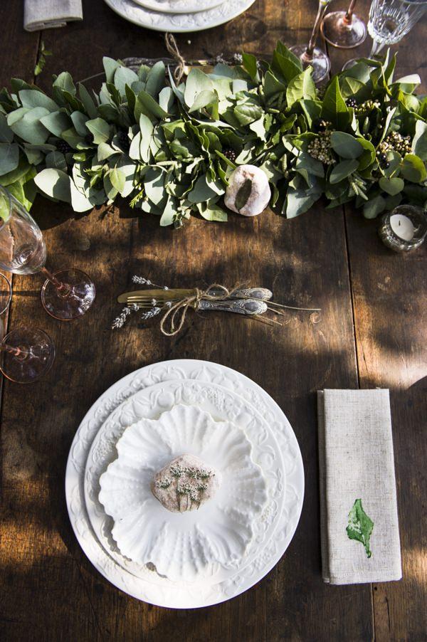 DIY Stamped Napkins Wedding Linen Tutorial