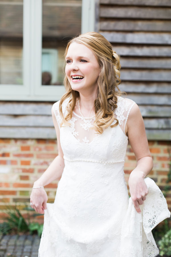 Emma Hunt Dress Bride Pretty Relaxed Beautiful Traditional Wedding http://www.victoriaphippsphotography.co.uk/