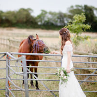 Country Rustic Home Farm Wedding http://www.whitestagweddings.com/