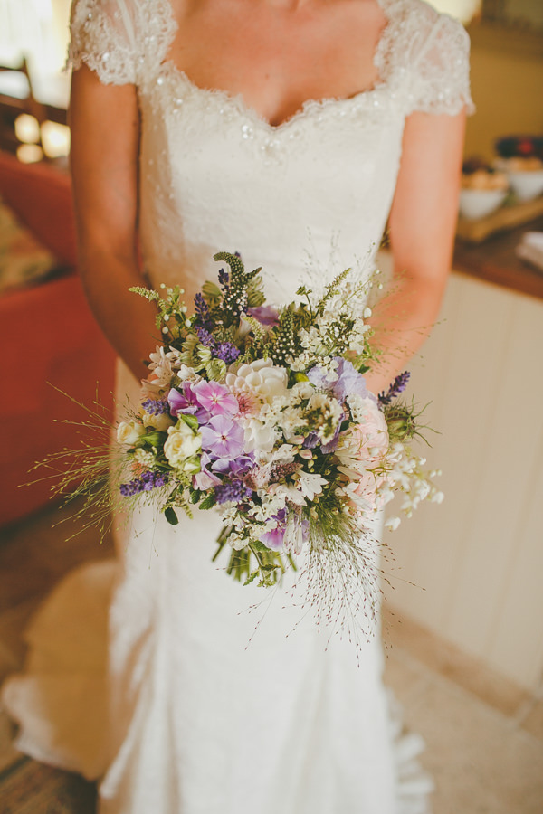 Relaxed & Country English Garden Flowers Wedding | Whimsical ...