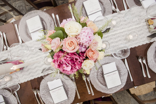 Tuscan Countryside Destination Wedding Rose Pink Flowers Table Centrepiece http://www.angelicabraccini.com/