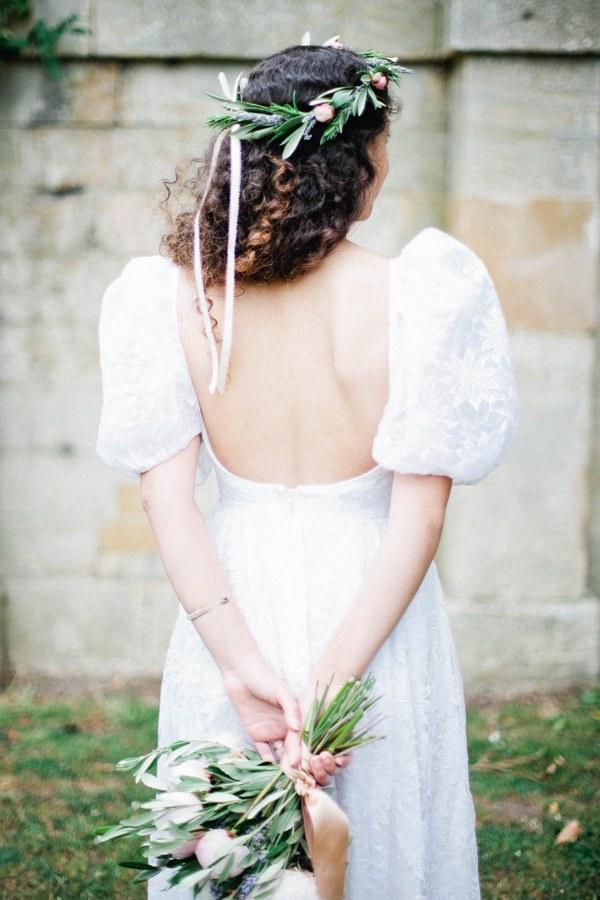 Beautiful Summer Provence Flower Wedding Ideas Flowercrown Ribbon Bride http://www.brittspring.com/