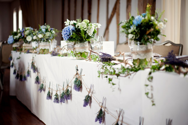 Blue 1920s Floral Feel Wedding Blue Flowers Tables Top Centrepiece Garland http://jasminejadephotography.co.uk/