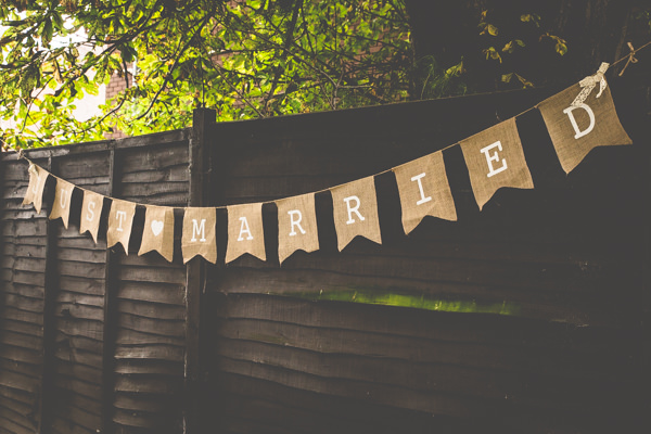 Sweet Hand Made Garden Party Wedding Hessian Bunting http://lovethatsmilephotography.com/