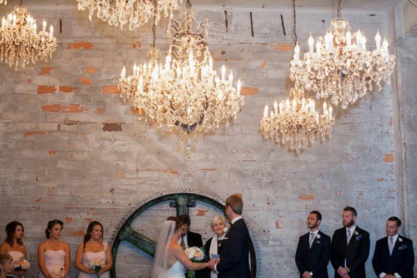Simple Elegant Black Tie Minnesota Wedding http://www.erinjohnsonphotoblog.com/