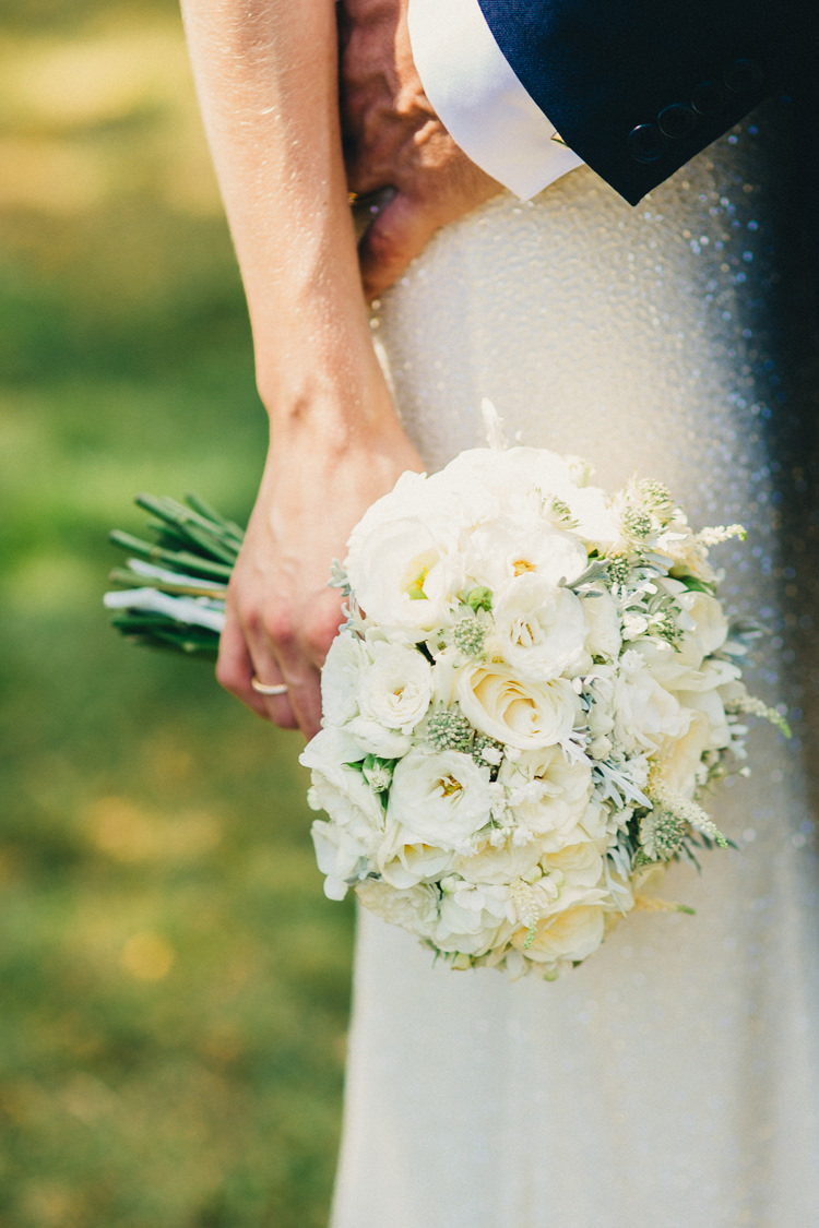 White Cream Ivory Bouquet Flowers Bride Bridal Roses Green Stylish Rural Relaxed Bohemian Wedding http://peppermintlovephotography.com/
