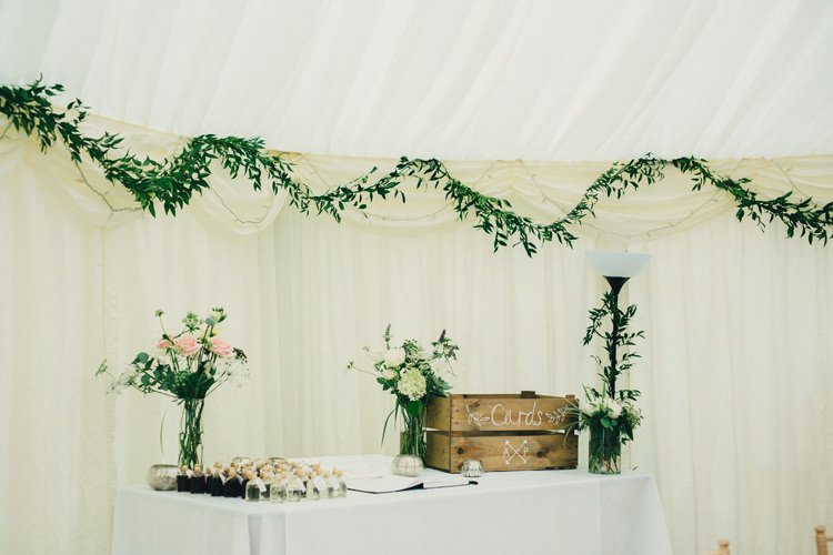 Cards Crate Stylish Rural Relaxed Bohemian Wedding http://peppermintlovephotography.com/