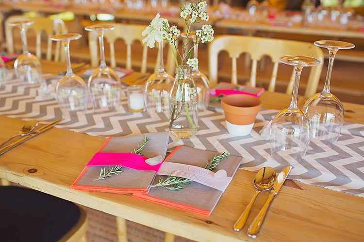 Herb Menu Place Name Setting Stylish Creative Wild Flower Crowns Tipi Wedding http://www.cottoncandyweddings.co.uk/